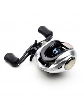 Daiwa Strikeforce 100SHL 4i (vasen)